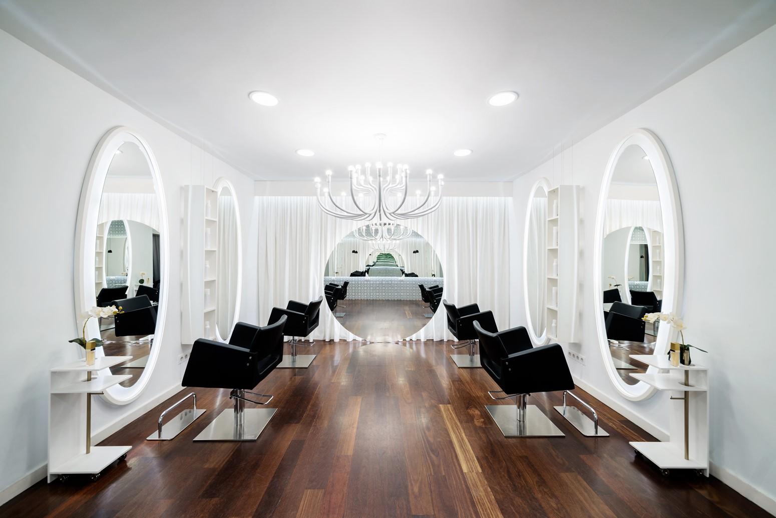 Peluquer a vanitas espai dise ar para la vanidad for Disenos de espejos para peluqueria