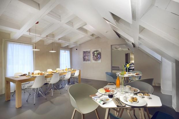 sal de de desayunos en el Hotel Palazzo Grillo Genova diariodesign