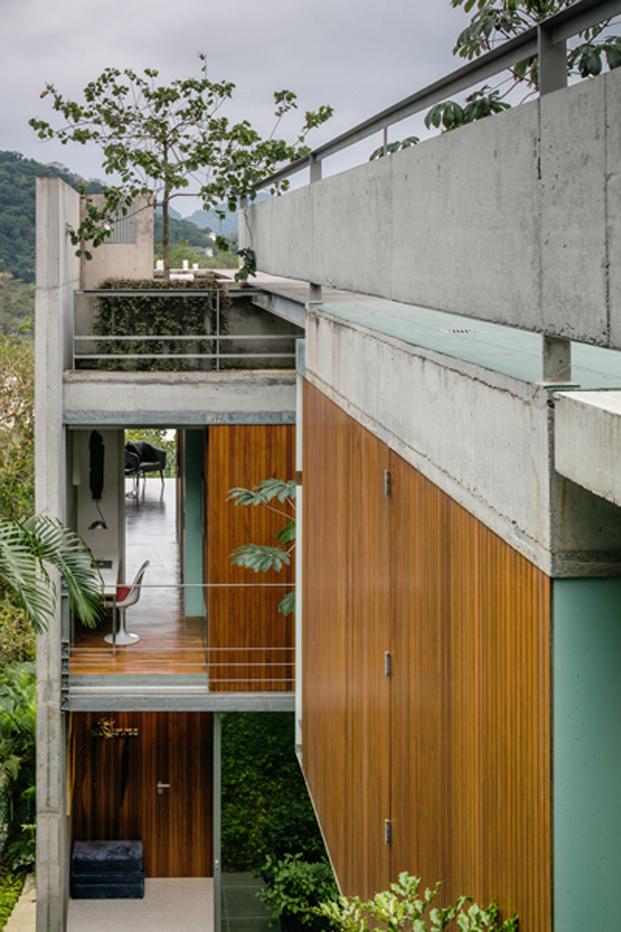 salon casa moderna en Ubatuba en Brasil diariodesign