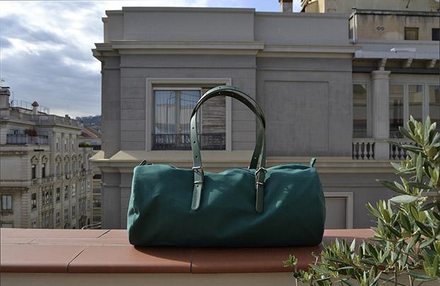 duffle bag en verde de equipaje barcelona para el dia de la madre diariodesign