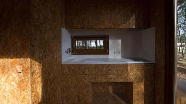 interior de casa prefabricada de corcho en portugal
