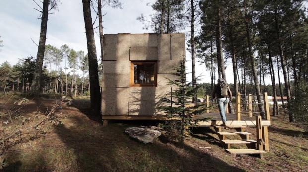 mini casa de corcho eco turismo en portugal
