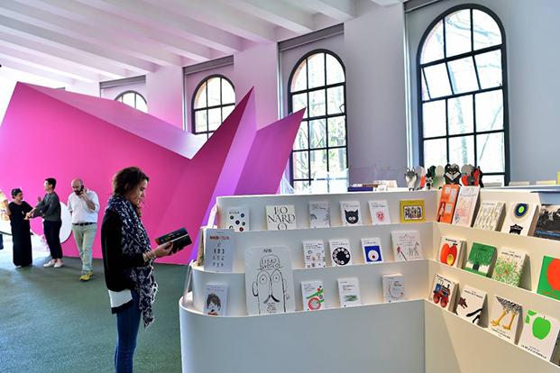 muebles de diseño para niños en la triennale de milan girogirotondo