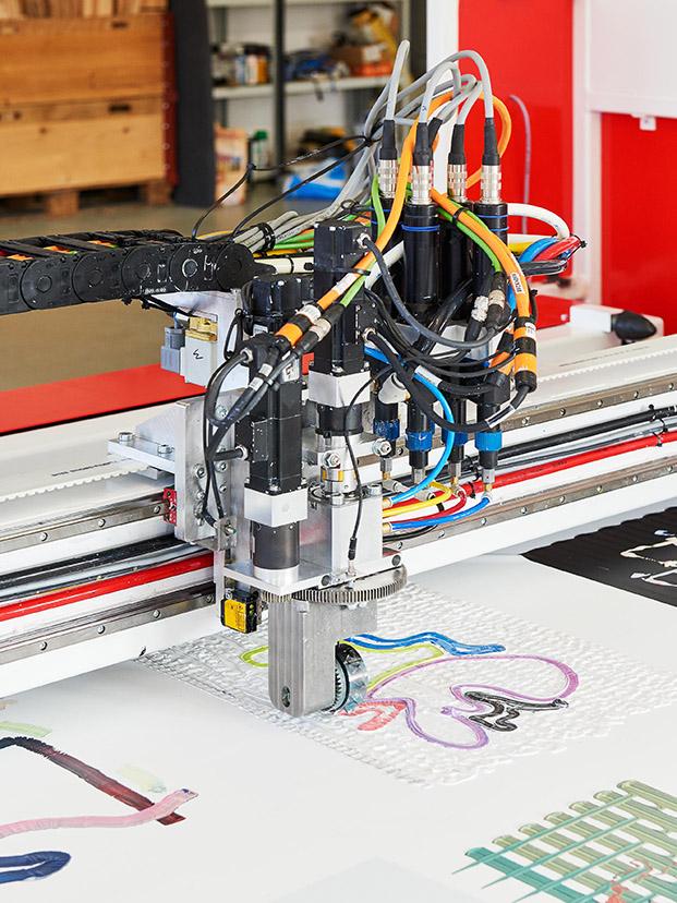 ikea festival pintura robotizada ecal diariodesign
