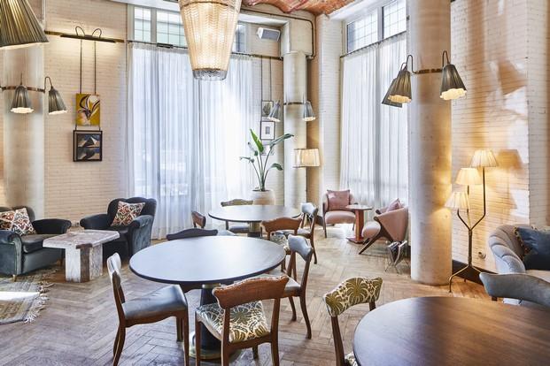 interior del soho house en barcelona diariodesign