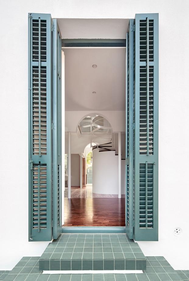 imagen entrada de rehabilitacion de casa en cerdanyola de arquitectura g diariodesign