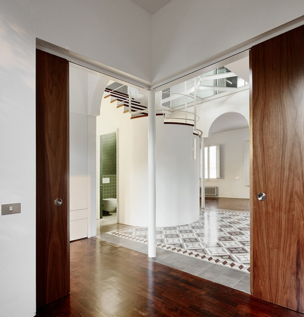 arquitectura interiro y distribución de las habitaciones de mansión rehabilitada por arquitectura g