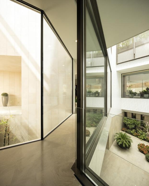 cerramientos y jardines de una vivienda en kuwait diariodesign