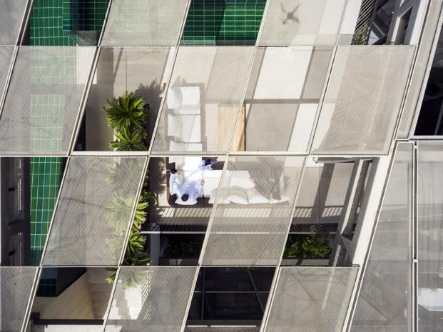 cerramientos de una casa con jardines en kuwait por AGi architects diariodesign