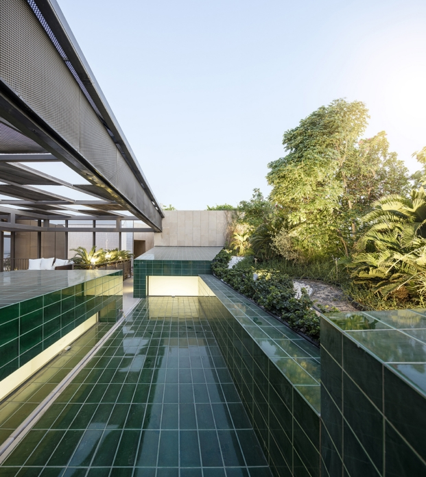 tres jardines vivienda de AGi architects diariodesign