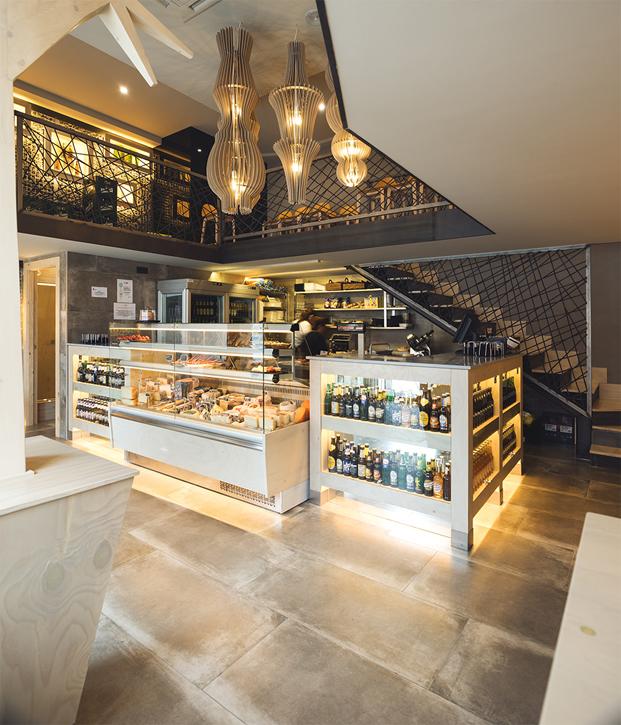 interior de nuevo local gourmet deputurrú en burgos