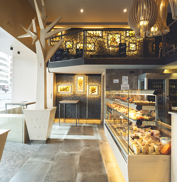 local gourmet deputurru especializado en quesos y charcuteria