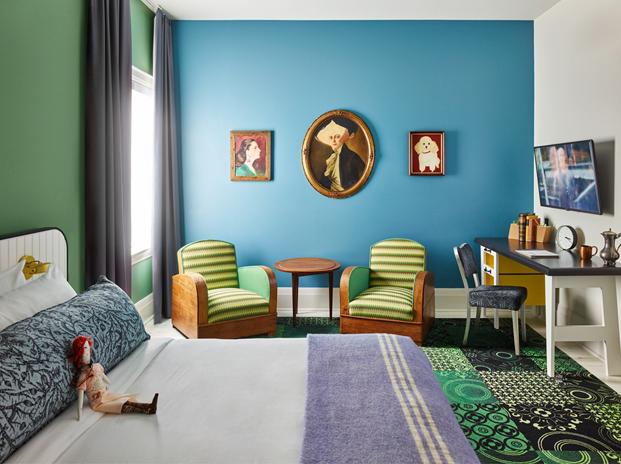 color en Toronto's Drake Hotel posada