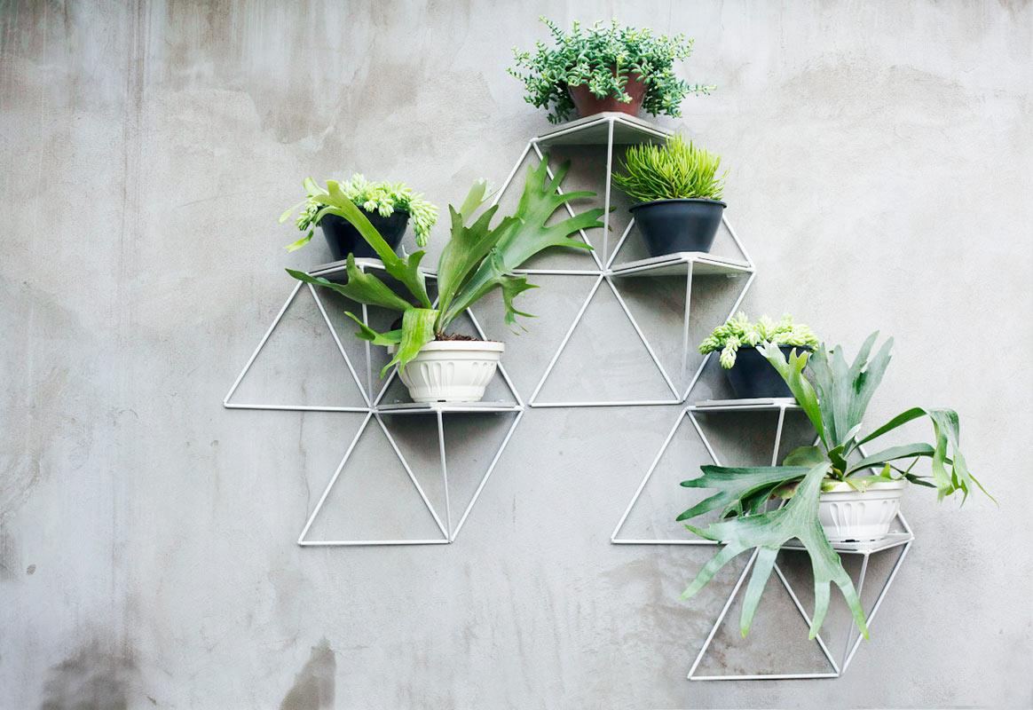 Garden modules un sencillo jard n vertical for Modulo jardin vertical