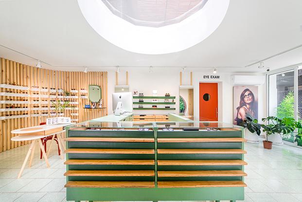 mostradores tienda de gafas okio en guatemala