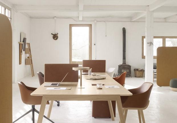 alki mobiliario made in spain mesa de trabajao modelo heldu diariodesign