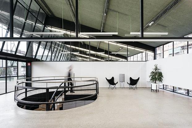 interiorimso del canodromo en barcelona por dear design diariodesign