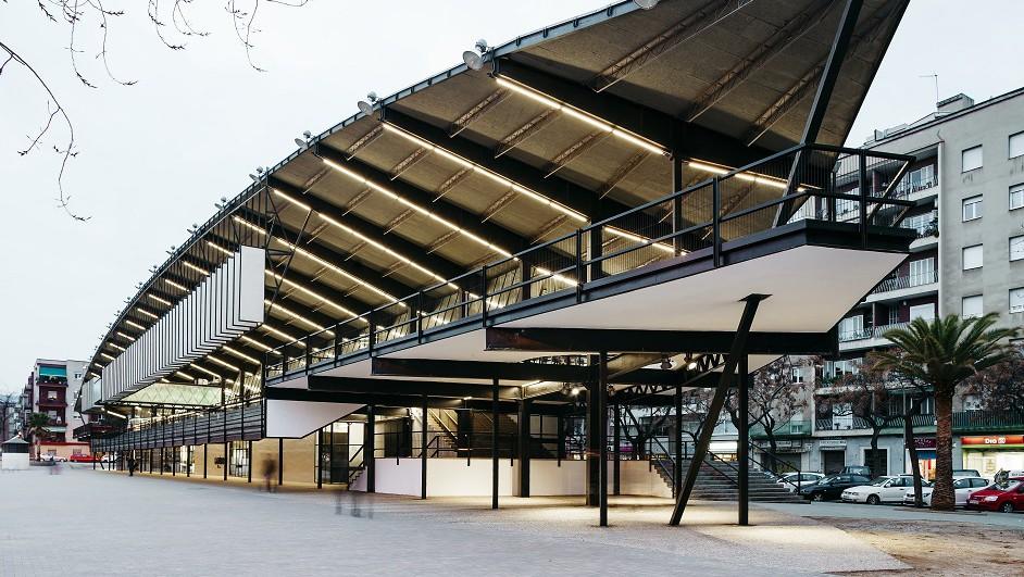 hub para emprendedores El canodromo nuevo Parque de Investigación Creativa en Barcelona por dear design diariodesign