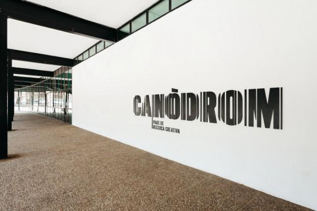 grafica del nuevo canodromo por dear design en diariodesign