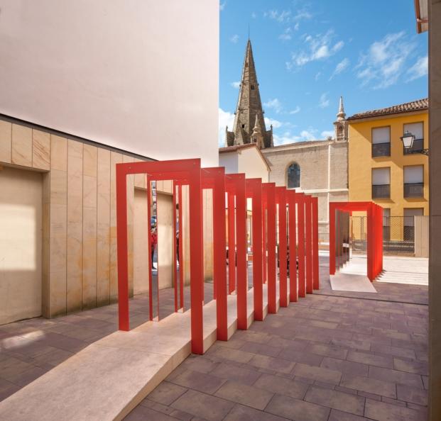 Domingo y Antonio García-Pozuelo arte efimero en plaza santa ana de logroño para el festival de arquitectura y diseño concentrico en diaridodesign magazine