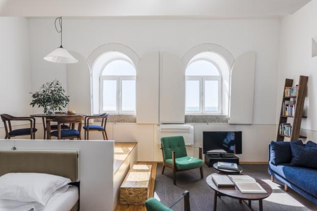 claraboyas en mini apartamento en oporto de Flattered apartments