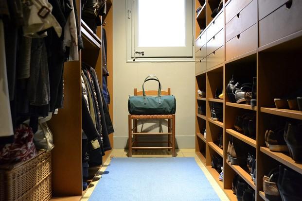 bolsa verde de equipaje barcelona duffle bag en vestidor diariodesign