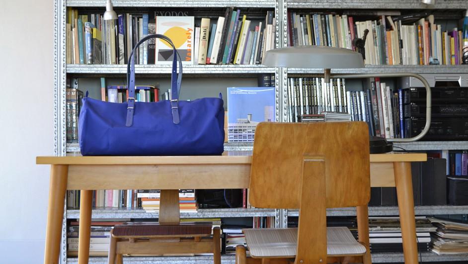 bolsa de equipaje barcelona duffle bag en azul wysee diariodesign