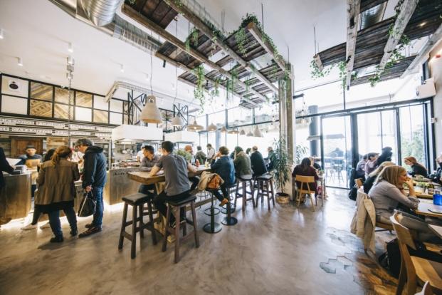 barra del honest greens restaurante ecologico en madrid