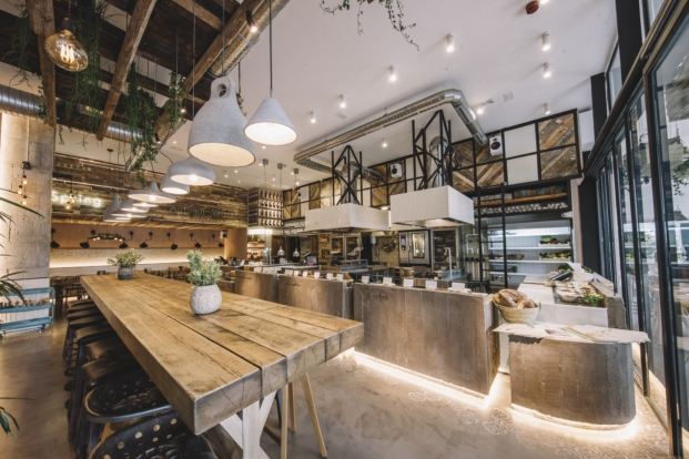 materiales naturales en restaurante