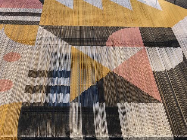 kriskadecor instalacion en via tortona en milan diariodesign