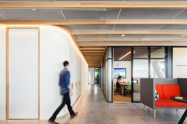 mamparas de oficina de la nueva sede de dropbox en sidney diariodesign