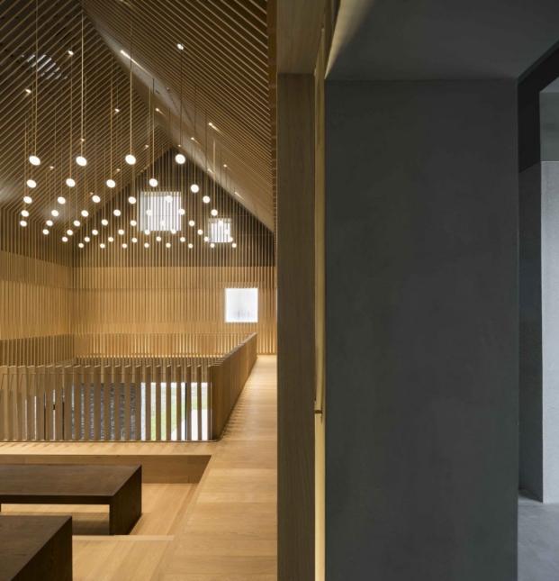 interior de la capilla en suzhou de los arquitectos chinos neri and hu diariodesign