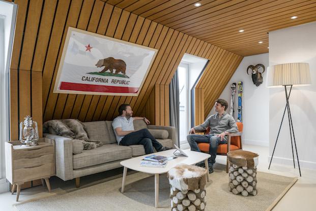 salon oficinas airbnb parís