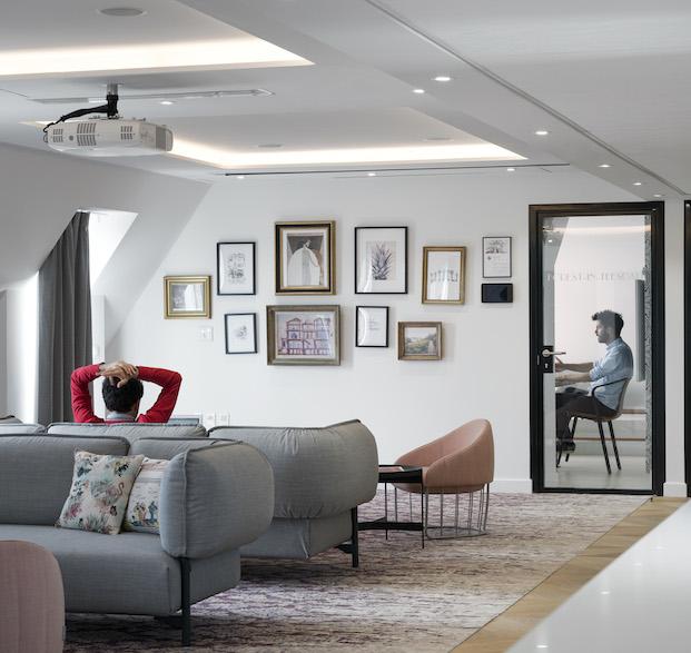 sexta planta oficina airbnb parís