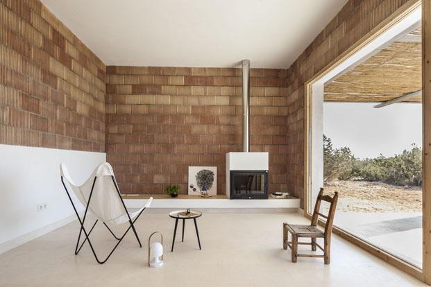 interior de casa en formentera Can Xomeu Rita de arquitecto Marià Castelló Martínez