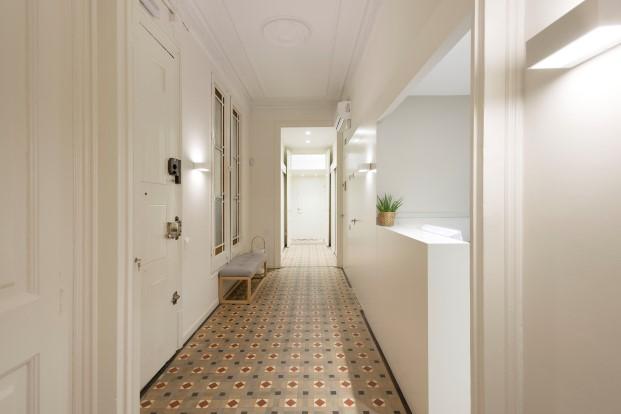 hidraulico en La clinica dental Rossell Carol está situada en un piso tradicional del ensanche de Barcelona