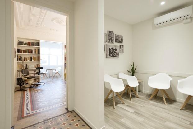 sala de la clinica dental Rossell Carol del ensanche de Barcelona