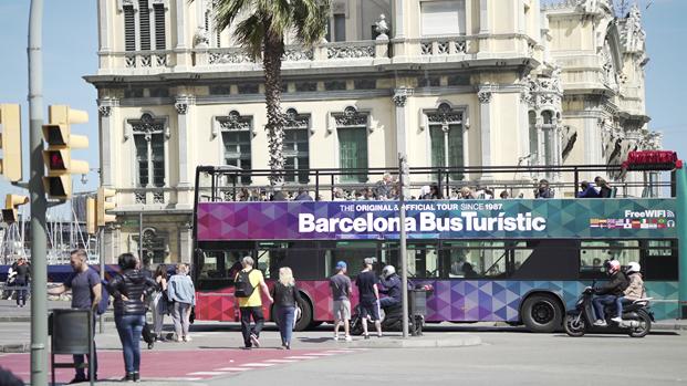 barcelona bus turistic para el fadfest 2017