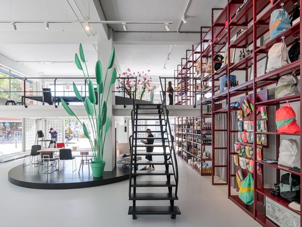 tienda escaparate de MVRDV en Rotterdam