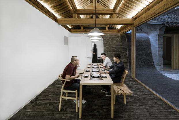 salon de una cas achina por Archstudio arquitectos