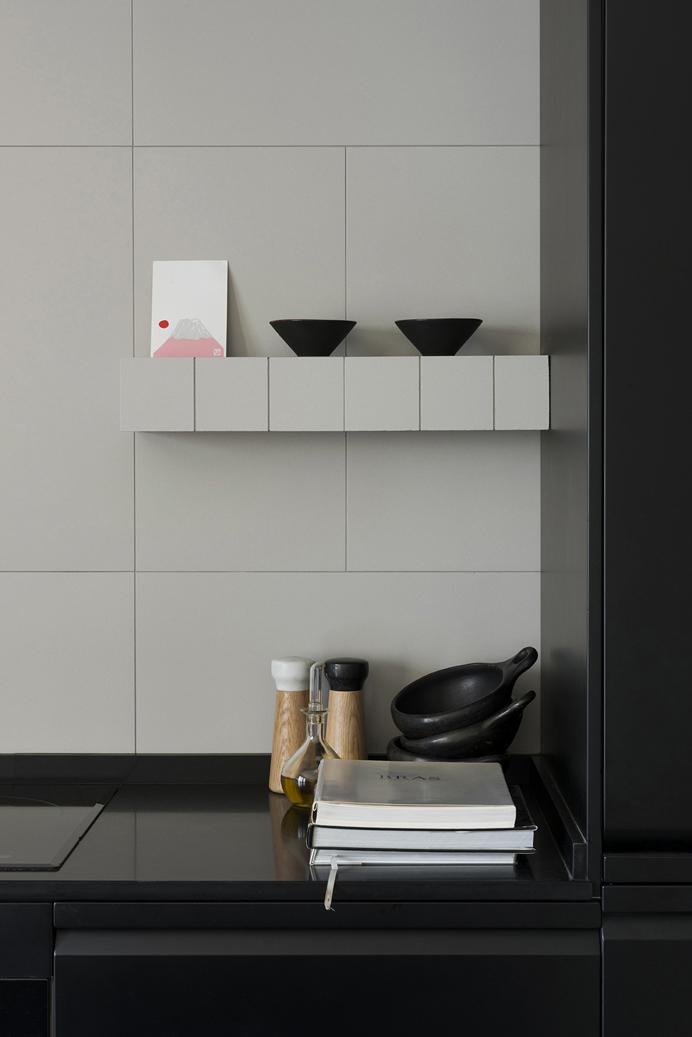 detalle de la cocina de un pequeño apartamento