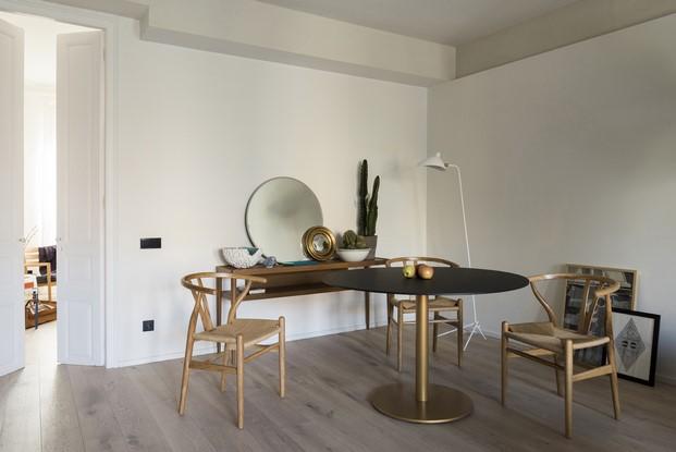 piezas de diseño en un pequeño apartamento