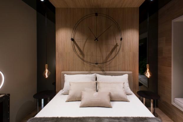 dormitorio de Espacio Starwood en casa decor 2017