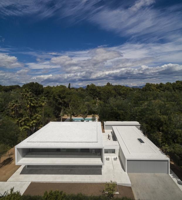 vista aerea de casa en valencia de fran silvestre arquitectos