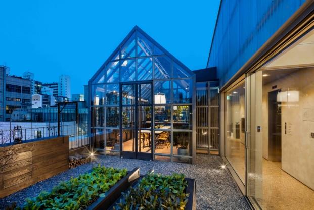 invernadero de la biblioteca en seul de Blacksheep arquitectos