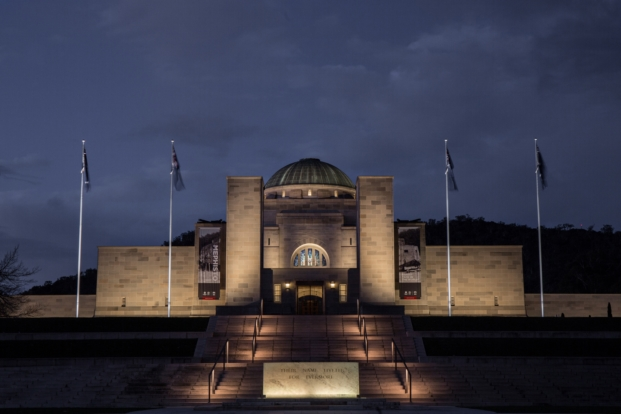 The Australian War Memorial ganador premios lamp lighting