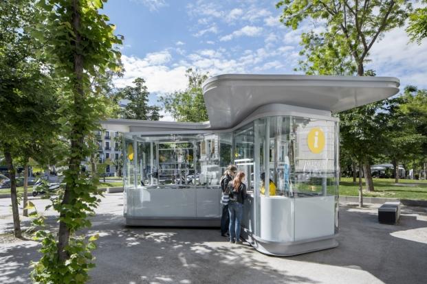 premios de arquitectura porcelanosa a quioscos de información turística en madrid