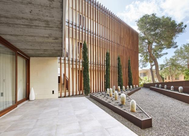 celosia segundo premios de arquitectura porcelanosa a arquitectos Clara Mansergas Francisco Galmés y Pere Serra