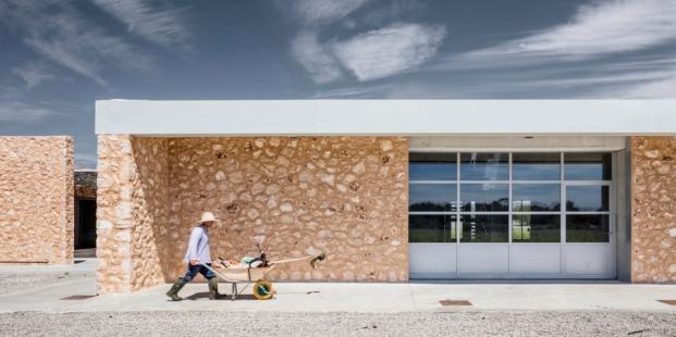 forma lineals de son juliana arquitectura sostenible de munarq arquitectes diariodesign
