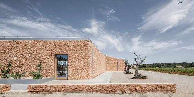 bodegas en mallorca son juliana arquitectura sostenible de munarq arquitectes diariodesign